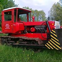 Ciągnik gąsienicowy DT-75